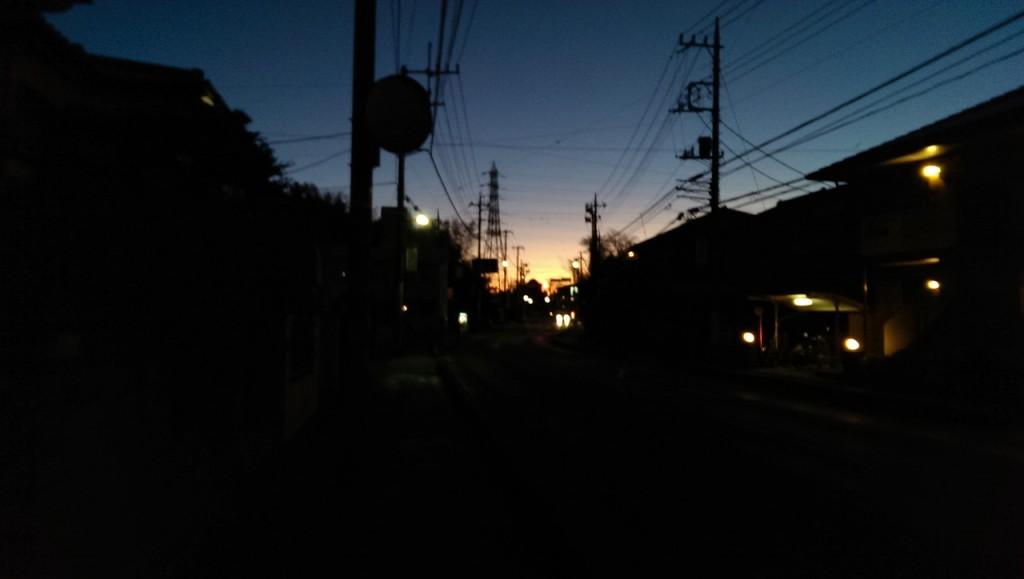 日の出前に出発