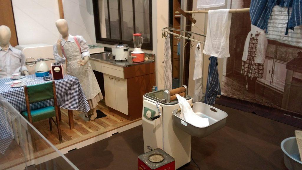 手回し脱水式洗濯機